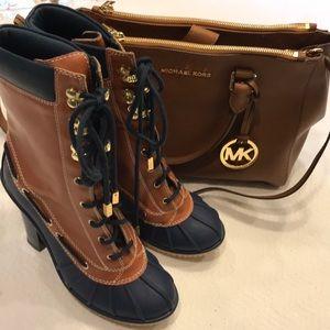Michael Kors Navy/Tan  Rubber Boot